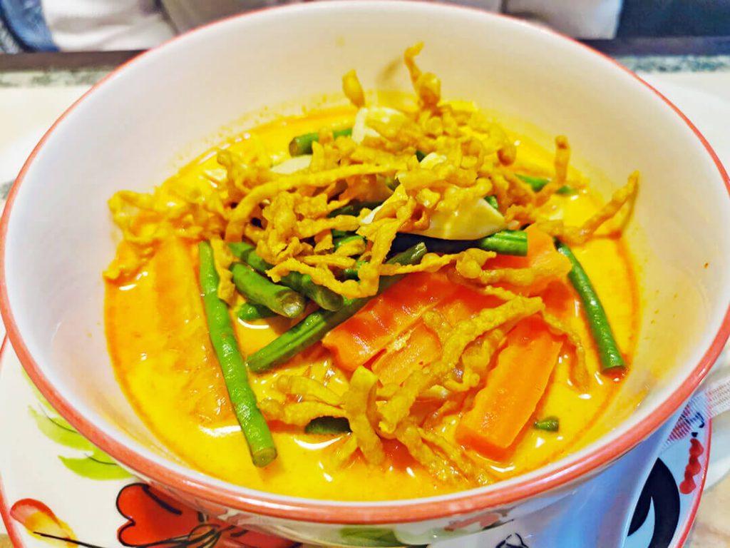 Khao soi - piatti da provare in Thailandia