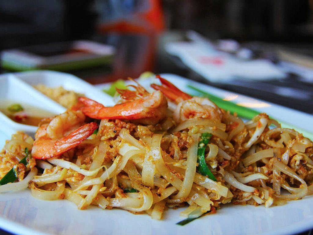 pad thai - piatti da provare in Thailandia